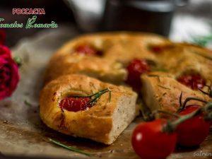 Focaccia aux tomates cerises romarin